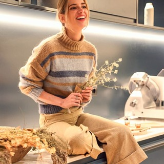 @teresabacaofficial 🌡️guapísima y abrigada🌡️  Con nuestro Jersey Gaia & Pantalón Ana   #andmeunlimited #SOFTcollection #fw2020 #lifestyle #sundayfunday #knitwear #HOMEwear #madeinspain #slowfashion #anotherwayispossible #wintersales #rebajas2021
