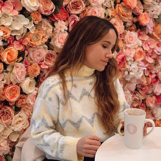 💗Think pink 💗 Guapísima @sandracarcel con nuestro Jersey Ainara   #andmeunlimited #SOFTcollection#modaespañola #madewithlove #nature #sundayfunday #HOMEwear #knitwear #AW2021 #wintertrends
