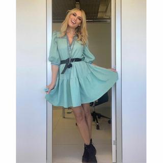 Look ideal para entretiempo de @paticonde 💚💚💚 con nuestro Vestido Shirley    #andmeunlimited #STARScollection #AW21 #FALLcollection #autumnfashion #autumnoutfits #marcaespaña #madeinspain #dress