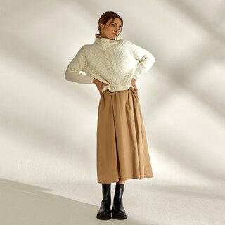 Easy midseason style   Jersey Emma & Falda Colette    #andmeunlimited #SOFTcollection #AW21 #FALLcollection #autumnfashion #autumnoutfits #modaespañola #slowfashion